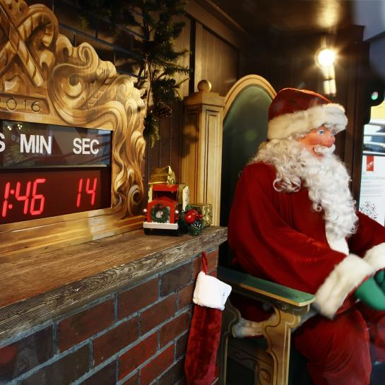 EBT Laughing Santa with Countdown Clock